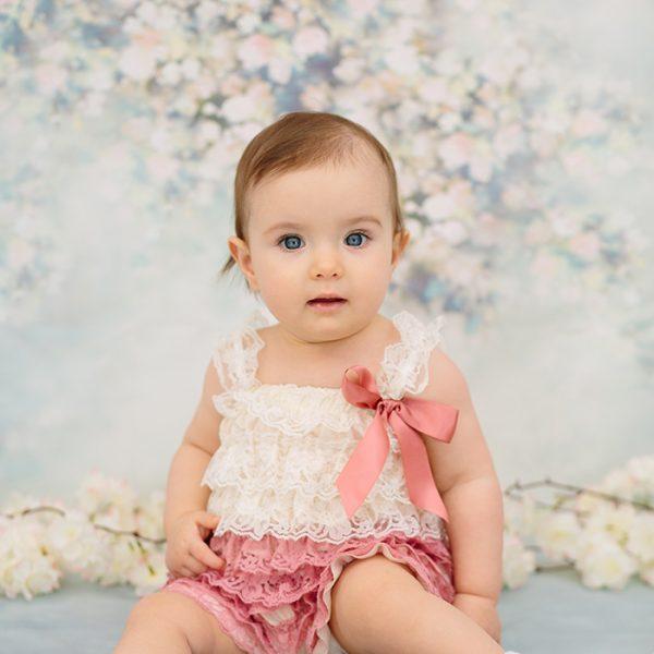 Leila baba 1 éves lett